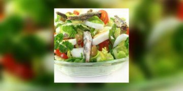 Salade tomates, courgettes, sardines