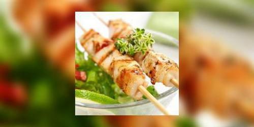 Brochettes de lotte aux fruits